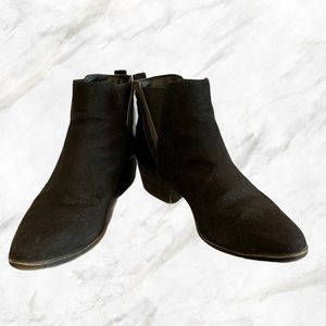 Madden Girl   Black Faux-Suede Ankle Boots